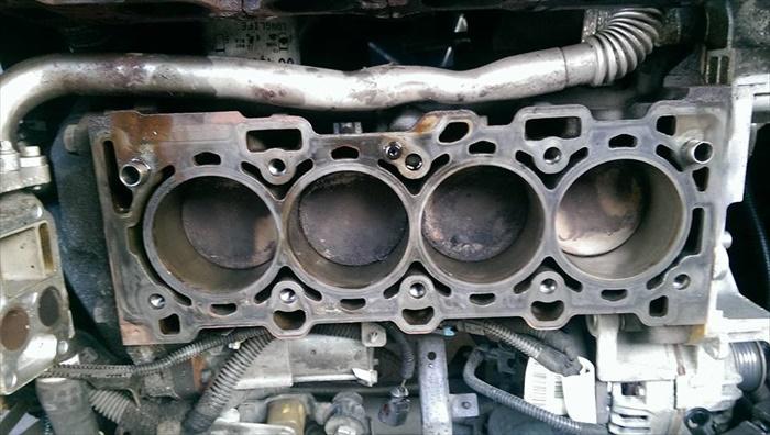 motorschaden-012