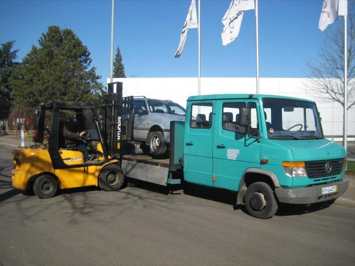fahruntuechtiges-auto-001